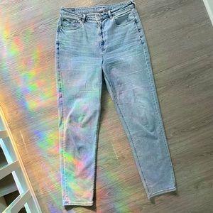 AEO Straight Leg Mom Jeans